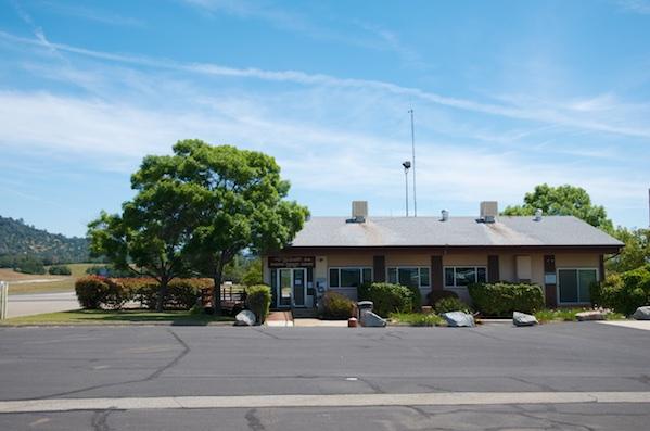Mariposa-Yosemite Airport